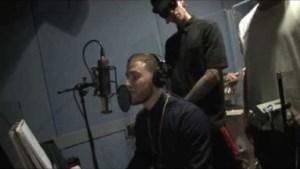 Video: Mike Posner Ft T.Mills, Sammy Adams & Niykee Heaton - We Own It (Remix)
